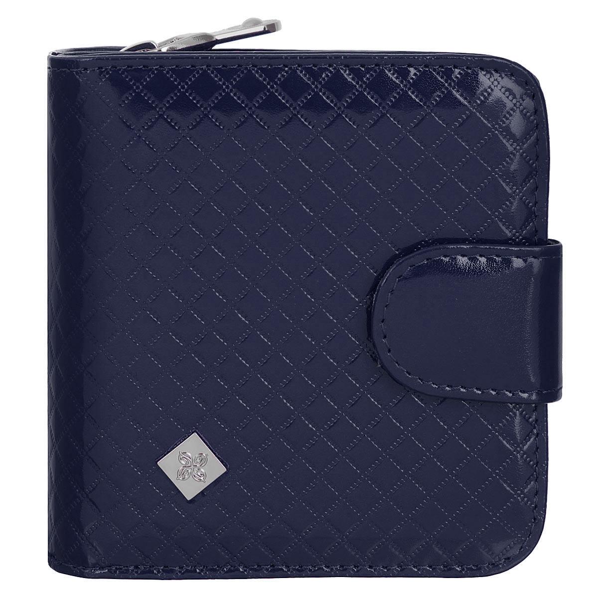 Кошелек женский Dimanche Rich, на молнии, цвет: синий. 584/3584/3Стильный кошелек Dimanche Rich изготовлен из натуральной лакированной кожи высшего качества с оригинальным тиснением в клетку и оформлен металлическим брендовым значком. Кошелек состоит из двух отделений. В первом, закрывающимся на хлястик с кнопкой, имеется два отделения для купюр и восемь кармашков для кредитных карт. Второе отделение для мелочи закрывается на молнию. Упакован в фирменную коробку. Такой кошелек станет замечательным подарком человеку, ценящему качественные и практичные вещи.