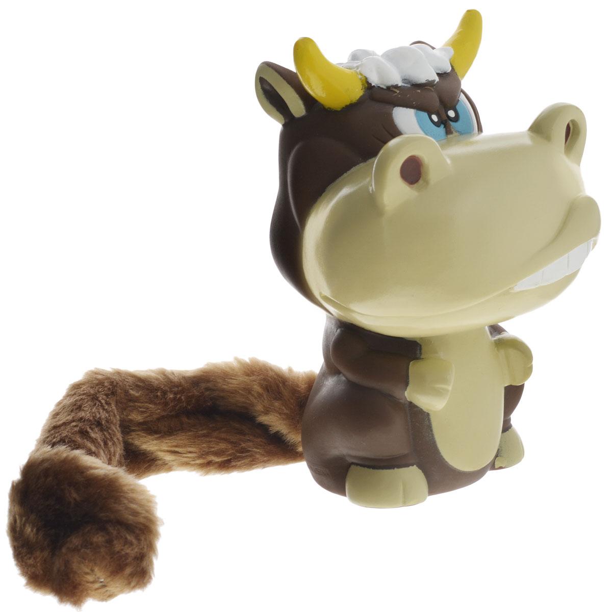 Игрушка для собак Aveva Бык13308Игрушка для собак Aveva Бык, выполненная в виде забавного бычка с плюшевым хвостом, изготовлена из резины. Такая игрушка позволит весело провести время вашему питомцу, а также поможет вам сохранить в целости личные вещи и предметы интерьера. Яркая игрушка привлечет внимание вашего любимца, не навредит здоровью и займет его на долгое время. Длина хвоста игрушки: 20 см.