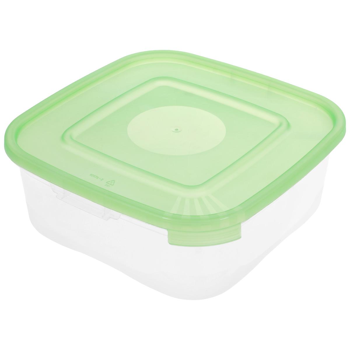 Контейнер Полимербыт Каскад, цвет: прозрачный, салатовый, 1,4 лС680 салатовыйКонтейнер Полимербыт Каскад квадратной формы, изготовленный из прочного пластика, предназначен специально для хранения пищевых продуктов. Крышка легко открывается и плотно закрывается. Контейнер устойчив к воздействию масел и жиров, легко моется. Прозрачные стенки позволяют видеть содержимое. Контейнер имеет возможность хранения продуктов глубокой заморозки, обладает высокой прочностью. Подходит для использования в микроволновых печах. Можно мыть в посудомоечной машине.