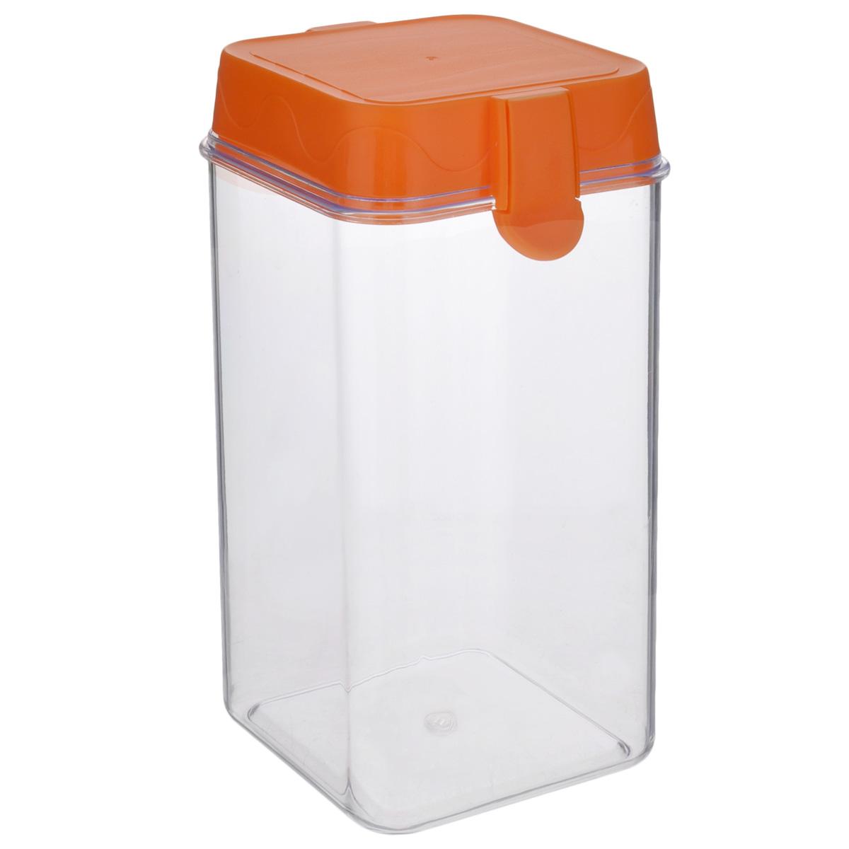 Банка для сыпучих продуктов Oriental Way, цвет: прозрачный, оранжевый, 1,4 л7821_оранжевыйБанка для сыпучих продуктов Oriental way, изготовленная из высококачественного пластика, станет незаменимым помощником на любой кухне. В ней будет удобно хранить сыпучие продукты, такие как чай, кофе, соль, сахар, крупы, макароны и прочее. Емкость плотно закрывается пластиковой крышкой с помощью двух защелок (клипс). Яркий дизайн банки позволит украсить любую кухню, внеся разнообразие, как в строгий классический стиль, так и в современный кухонный интерьер. Объем: 1,4 л. Размер (по верхнему краю): 10,5 см. Высота банки (без учета крышки): 18 см.