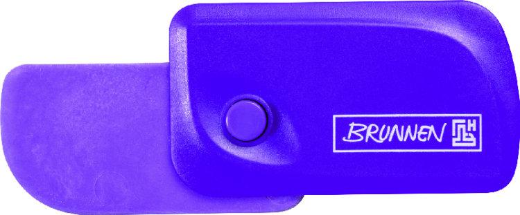 Brunnen Ластик Клик, цвет: фиолетовый29967-60\BCDАвтоматический ластик Brunnen Клик станет незаменимым аксессуаром на рабочем столе не только школьника или студента, но и офисного работника. Ластик в пластиковом прямоугольном корпусе фиолетового цвета. На корпусе имеются отверстия для подвесок и брелоков. Ластик выдвигается из корпуса с приятным приглушенным щелчком (сбоку на корпусе есть кнопка для выдвижения ластика). Выдвигающийся ластик имеет прямоугольную форму со слегка закругленным одним краем.