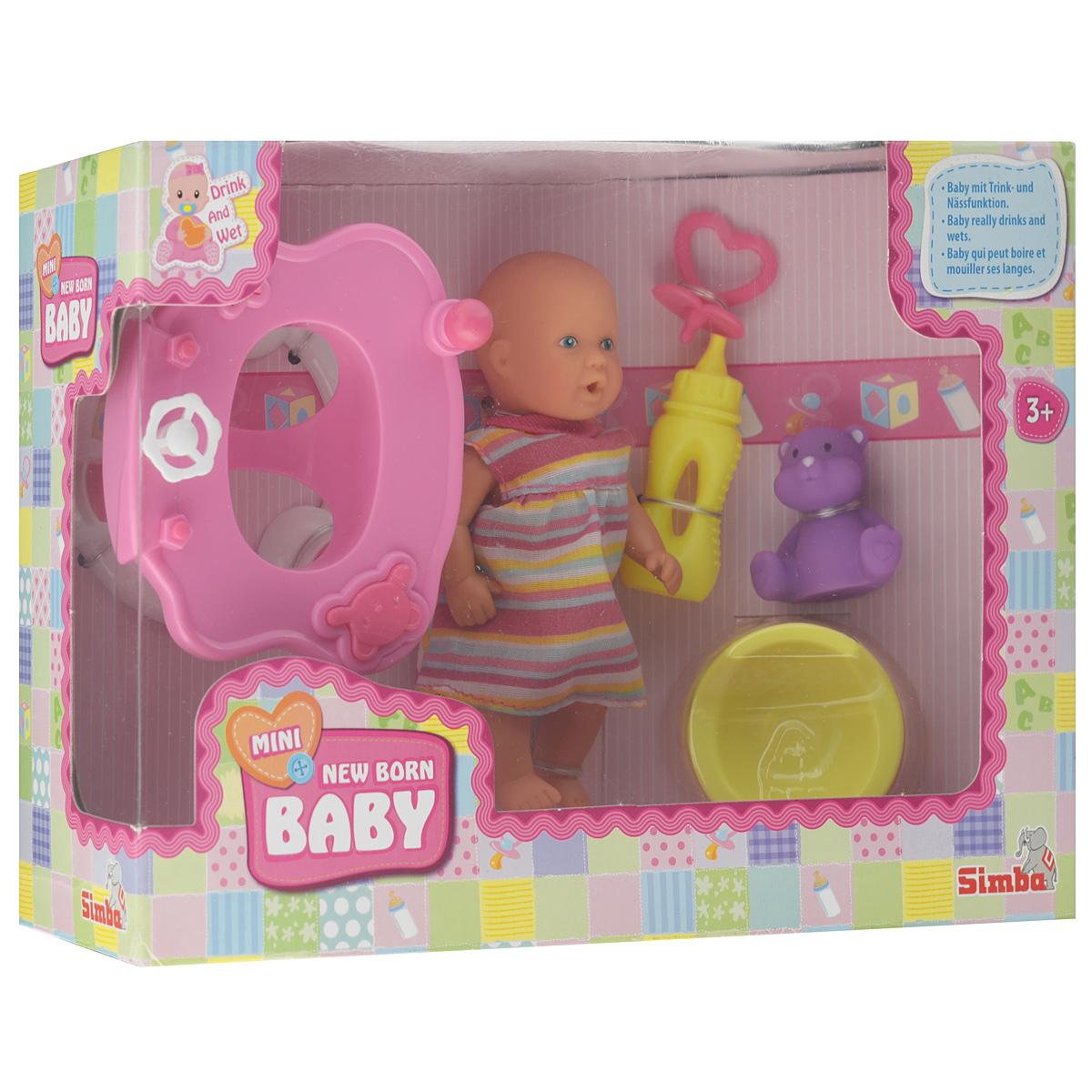Simba Игровой набор Новорожденный: ходунки5039806_ходункиИгровой набор с новорожденным пупсом Simba обязательно понравится вашей малышке. Туловище и одежда куклы изготовлены из материалов, которые абсолютно безвредны для ребенка. В наборе с куклой имеются: ходунки, бутылочка, горшок, пустышка и игрушка. Кукла умеет пить из бутылочки и писать в горшок. Во время игры с набором у девочки будут развиваться такие черты характера как аккуратность, заботливость и ответственность, ведь куколка нуждается в постоянной заботе и внимании. Ваша дочурка с радостью будет ухаживать, кормить и играть в дочки-матери с таким очаровательным пупсом.