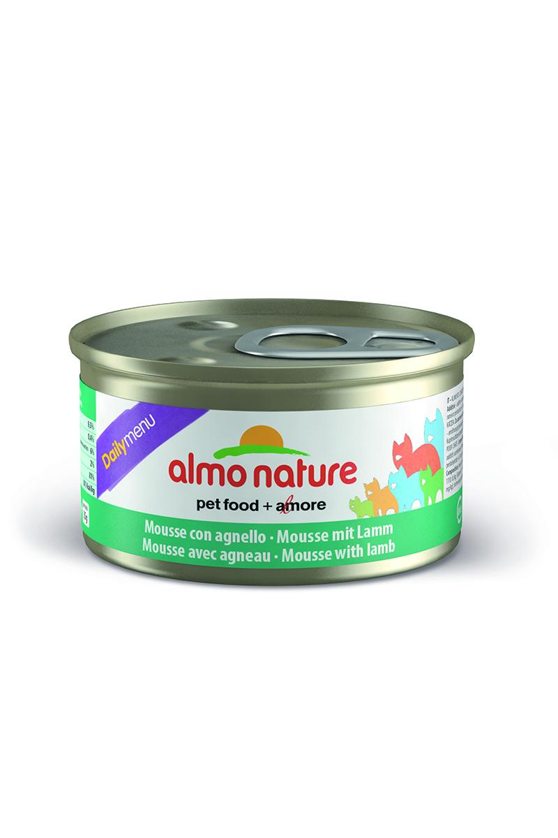 Консервы нежный мусс для кошек Меню с Ягненком (Daily Menu mousse with Lamb), 85 г.20346Состав: мясо и его производные (ягненок 4%), минералы, экстракт растительных волокон. Добавки: витамин A 1110 IU/кг, витамин D3 140 IU /кг, витамин E 10 мг/кг, таурин 490 мг/кг, сульфат меди пентагидрат 4,4 мг/кг (Cu 1.1 мг/кг). Технологические добавки: камедь кассии 3000 мг/кг. Пищевая ценность: белки 9,5 %, клетчатка 0,4 %, масла и жиры 6%, зола 2%, влажность 81%. Калорийность: 881 килокалорий/кг.