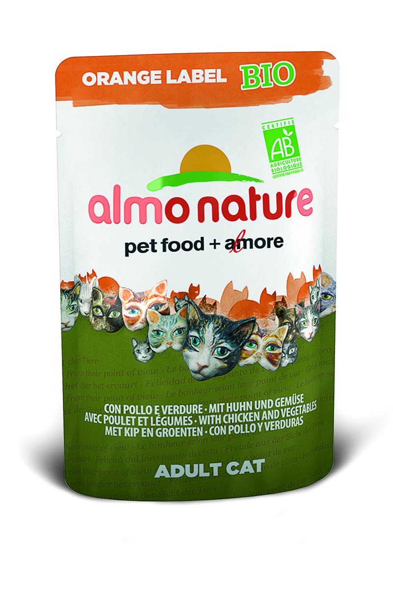 Консервы Almo Nature, для кошек, с курицей и овощами, 70 г23228Консервы Almo Nature - премиум корм для взрослых кошек. Корм изготовлен только из свежих высококачественных натуральных ингредиентов, что обеспечивает здоровье вашей кошки. Не содержит ГМО, антибиотиков, химических добавок, консервантов и красителей. Состав: мясо курицы и его производные (из которого 37% свежего мяса), овощи (морковь и зеленый горошек в собственном соку), витамин D3 – 275 МЕ/кг. Гарантированный анализ: белки 8,5%, клетчатка 0,8%, жиры 4,5%, зола 3%, влажность 82%. Товар сертифицирован.