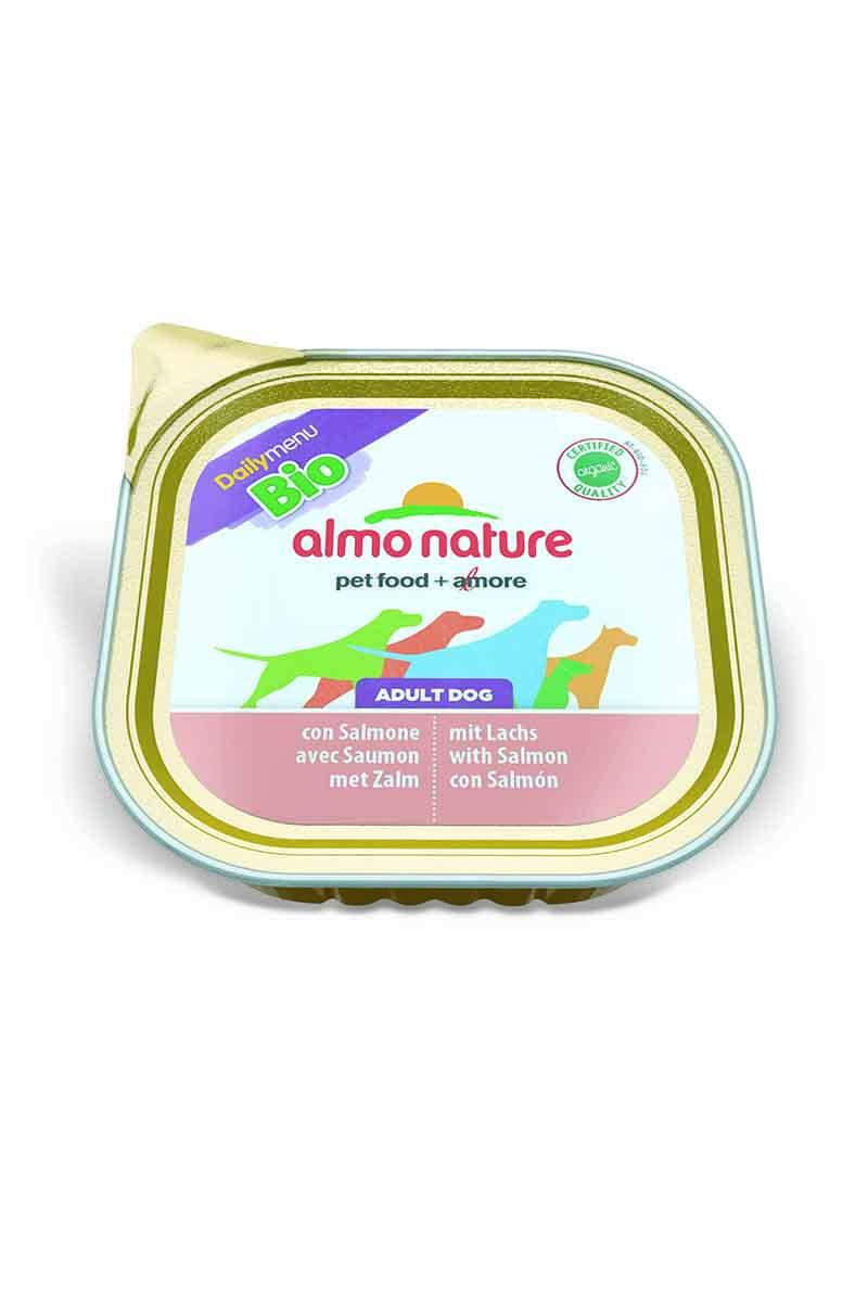 Паштет для собак Almo Nature Daily Menu , с лососем, 300 г10213Паштет для собак Almo Nature Daily Menu изготовлены из отборных, гипоаллергенных и легко усвояемых ингредиентов. Содержат питательные, высококачественные продукты. Состав: рыба и ее производные 100% органический продукт (30% мяса лосося), мясо и его производные 100% органический продукт (30% мяса), минералы. Питательные добавки: Витамин Е 20мг/кг, медь (сульфат меди) 1мг/кг, цинк (оксид цинка) 20 мг/кг. Гарантированный анализ: белки 9,5%, клетчатка 0%, жиры 6,0%, зола 2,2%, влажность 82%. Калорийность: 890 ккал/кг. Товар сертифицирован.