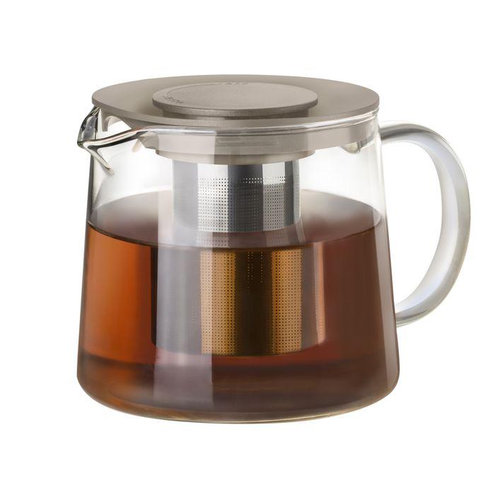 Чайник заварочный Идея Камилла, цвет: серый, 1 лKML-01Чайник Идея Камилла прекрасно подходит для заваривания чая, кофе и травяных настоев. Он изготовлен из высококачественного жаропрочного стекла, оснащен металлическим фильтром и пластиковой крышкой. Основные достоинства чайника: - возможность регулировать время заваривания, - возможность комбинировать напиток с различными наполнителями (специи, травы), - возможность подогрева напитка на газовой плите (при 180°С). Чайник Идея Камилла помимо своего прямого предназначения несет дополнительную функцию наполнения интерьера яркостью и теплотой. Чаепитие с друзьями станет прекрасным времяпрепровождением. Диаметр (по верхнему краю): 11 см. Диаметр основания: 12,5 см. Высота фильтра: 8 см. Высота чайника: 11,5 см.