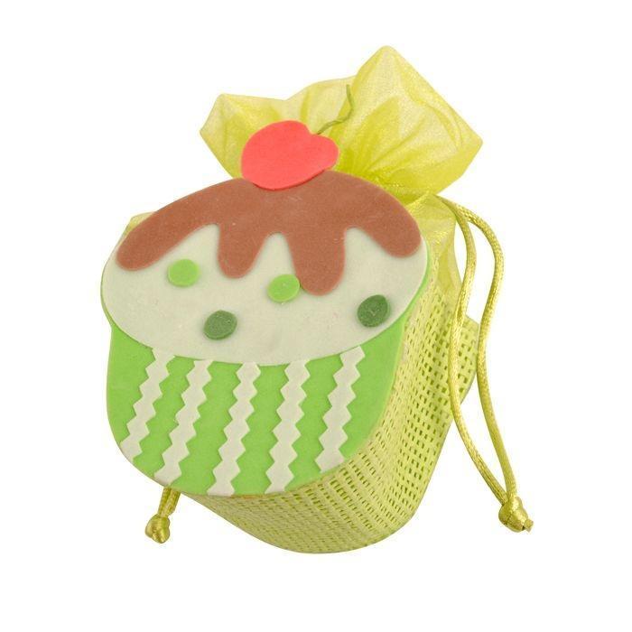 Шкатулка Кексик, цвет: светло-зеленый, 8 см х 4,9 см х 14,5 см66859_1Подарочная пасхальная шкатулка Home Queen Кексик станет оригинальным украшением подарка на Пасху. Изделие, изготовленное из бумаги, отлично подойдет как упаковки подарков или пасхального яйца. Шкатулка подарочная Home Queen Кексик может стать красивым пасхальным подарком для друзей или близких.