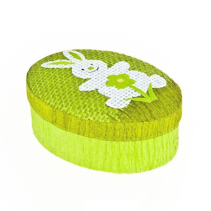 Шкатулка декоративная Home Queen Кролик с цветочком, цвет: зеленый, 10,5 х 8 х 4 см64309_1Овальная шкатулка Home Queen Кролик с цветочком изготовлена из бумаги. Крышка изделия украшена рельефным рисунком в виде кролика и цветка. Изящная шкатулка прекрасно подойдет для упаковки пасхального подарка для детей и взрослых, а также красиво украсит интерьер комнаты.