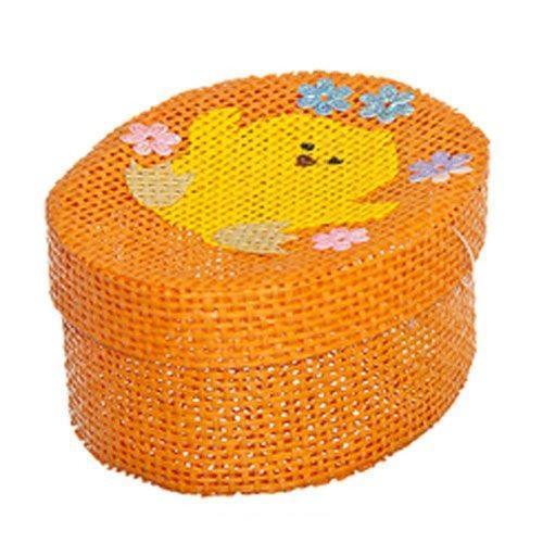 Шкатулка декоративная Home Queen Цыпленок, цвет: оранжевый, 10,5 см х 8 см х 5 см66860_6Овальная шкатулка Home Queen Цыпленок изготовлена из бумаги. Крышка изделия украшена рельефным рисунком в виде цыпленка. Изящная шкатулка прекрасно подойдет для упаковки пасхального подарка для детей и взрослых, а также красиво украсит интерьер комнаты.