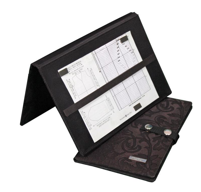 Планшет для чтения схем 50*30см, пластик, черный10730Планшет для чтения схем 50*30см, пластик, черный
