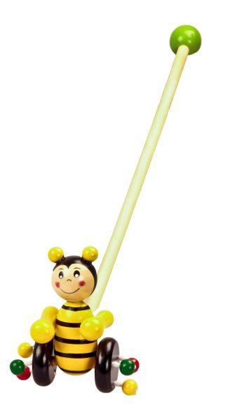 Mapacha Каталка Пчелка76520Деревянная каталка «Пчелка» обязательно понравится малышу! Она привлечет внимание своей яркой расцветкой и забавной игрушкой в виде пчелки. К колесикам каталки приделаны разноцветные деревянные шарики, которые гремят во время движения. Ручку-держатель можно открутить и играть только с игрушкой на колесиках. В целях безопасности ручка снабжена круглым набалдашником. Игрушка-каталка способствуют физическому развитию малыша - помогает сделать первые шаги и освоить навыки ходьбы. Развивает координацию движений и способность ориентироваться в пространстве. Игрушка изготовлена из натурального дерева.
