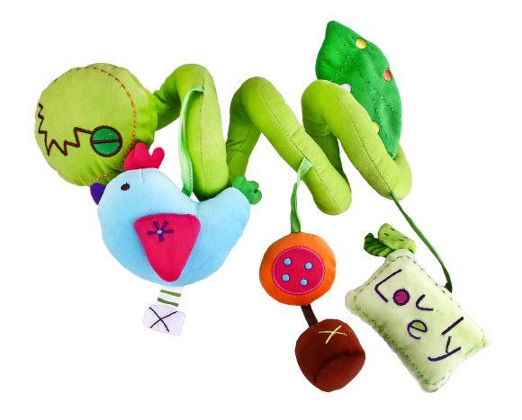 Жирафики Развивающая игрушка Растяжка для кроватки93652Эту игрушку можно растянуть над кроваткой малыша как гармошку. На каждом ее изгибе малютку ожидает забавный сюрприз: пищалки, шуршалки и погремушки. Играя, ребенок развивает мелкую моторику рук, слух и тактильные ощущения.