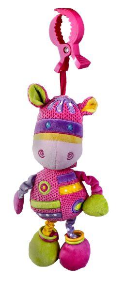Жирафики Развивающая игрушка Подвеска Коровка муз.93870Эта развивающая игрушка сшита из тканей разного цвета и разной фактуры. С помощью удобного зажима коровку можно подвесить к бортику кроватки. Если потянуть игрушку вниз, послышится приятная мелодия. В одной лапке у коровки спрятана пищалка, а в другой – погремушка. Играя, ребенок развивает слух, хватательный рефлекс, тактильные ощущения и мелкую моторику рук.