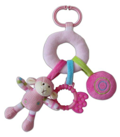 Жирафики Развивающая игрушка Овечка розовая с подвесками939278Развивающая игрушка Овечка объединяет погремушку, пищалку и прорезватель. Яркая расцветка и фактура привлечет внимания ребенка. Играя, малыш развивает слух, хватательный рефлекс, тактильные ощущения и мелкую моторику рук.