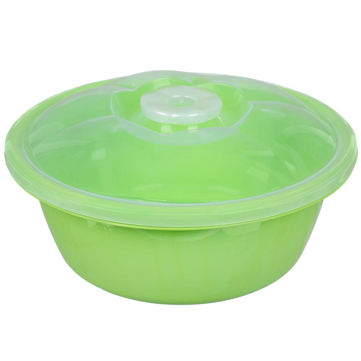 Миска Dunya Plastik, с крышкой, цвет: салатовый, прозрачный, 2,7 л10423_салатовыйМиска Dunya Plastik, изготовленная из пищевого пластика, имеет круглую форму. Изделие, оснащенное крышкой, очень функциональное. Оно прекрасно подойдет для хранения различных бытовых предметов, пищевых продуктов. Можно мыть в посудомоечной машине. Объем: 2,7 л. Диаметр (по верхнему краю): 24 см. Высота стенки (без учета крышки): 10 см.
