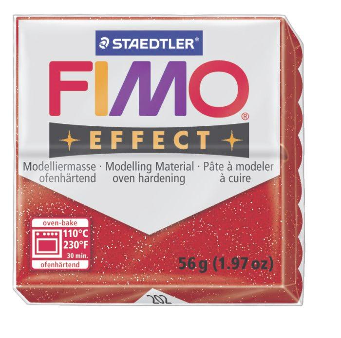 Полимерная глина Fimo Effect Metallic, цвет: красный, 56 г8020-202Мягкая глина на полимерной основе (пластика) Fimo Effect Metallic идеально подходит для лепки небольших изделий (украшений, скульптурок, кукол) и для моделирования. Глина обладает отличными пластичными свойствами, хорошо размягчается и лепится, легко смешивается между собой, благодаря чему можно создать огромное количество поделок любых цветов и оттенков. Блок поделен на восемь сегментов, что позволяет легче разделять глину на порции. В домашних условиях готовая поделка выпекается в духовом шкафу при температуре 110°С в течении 15-30 минут (в зависимости от величины изделия). Отвердевшие изделия могут быть раскрашены акриловыми красками, покрыты лаком, склеены друг с другом или с другими материалами. Состав: поливинилхлорид, пластификаторы, неорганические наполнители, цветные пигменты.