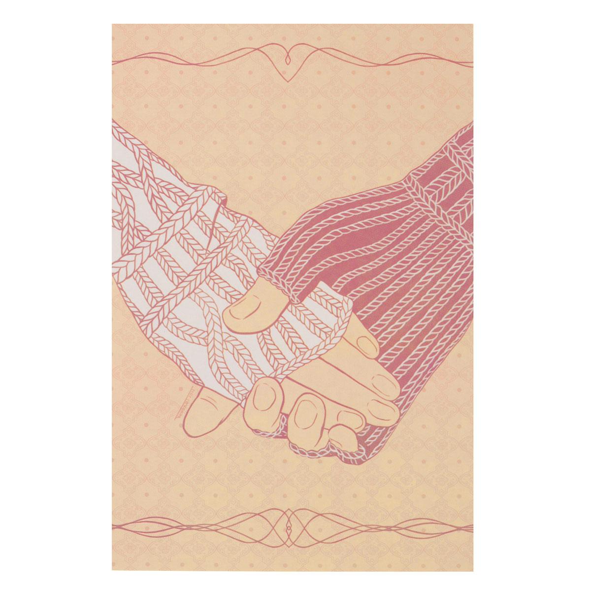 Открытка Свяжемся. Автор Татьяна ПероваPT10-023Оригинальная дизайнерская открытка Свяжемся выполнена из плотного матового картона. На лицевой стороне расположена репродукция картины художницы Татьяны Перовой с изображением рук в вязаных варежках. Такая открытка станет великолепным дополнением к подарку или оригинальным почтовым посланием, которое, несомненно, удивит получателя своим дизайном и подарит приятные воспоминания.