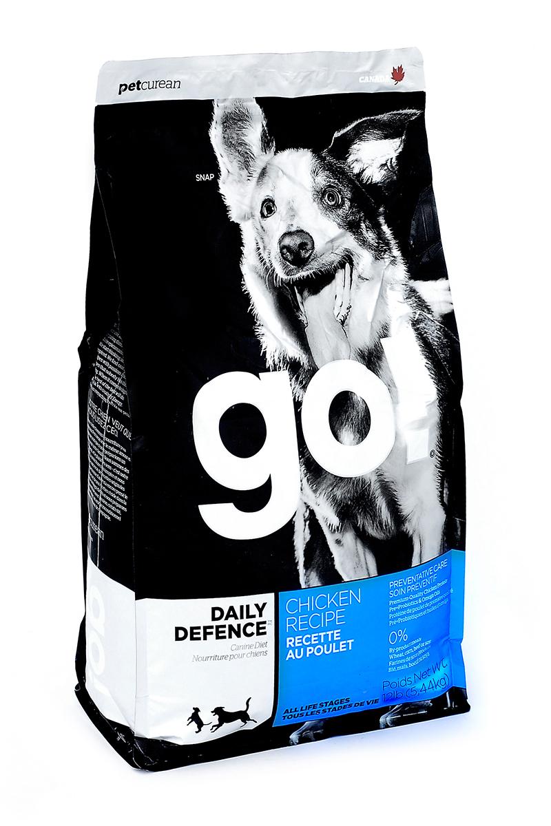 Корм сухой GO! для щенков и собак, беззерновой, с цельной курицей, фруктами и овощами, 5,44 кг10086Сухой корм GO! - полностью сбалансированный холистик корм для всех возрастов: для щенков, для взрослых и для активных собак, и для пожилых собак из свежей канадской цельной курицы, с овощами, фруктами и коричневым рисом. Ключевые преимущества: - не содержит ГМО, гормонов, субпродуктов, красителей, искусственных консервантов, - не содержит говядины, пшеницы, кукурузы, сои, - пробиотики и пребиотики обеспечивают здоровое пищеварение, - омега-масла в составе необходимы для здоровой кожи и шерсти, - антиоксиданты укрепляют иммунную систему. Состав: свежее мясо курицы, филе цыпленка, коричневый рис, цельный белый рис, овсянка, подсолнечное масло, куриный жир (источник витамина Е), картофель, мясо лосося, натуральный куриный ароматизатор, свежие цельные яйца, льняное масло, рисовые отруби, горох, люцерна, яблоки, морковь, клюква, хлорид натрия, карбонат кальция, хлорид калия, дрожжевой экстракт, сушеные водоросли, сушеный корень...