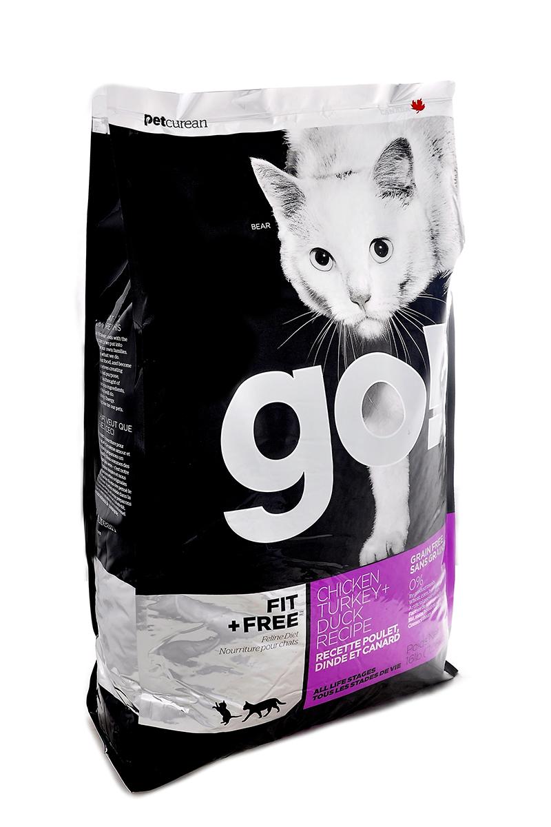 Корм сухой Go! для кошек и котят, беззерновой, с курицей, индейкой, уткой и лососем, 7,26 кг20033Беззерновой сухой корм Go! для котят и кошек - это корм со сбалансированным содержание белков и жиров. Ключевые преимущества: - Полностью беззерновой, - Небольшое количество углеводов гарантирует поддержание оптимального веса кошки, - Пробиотики и пребиотики обеспечивают здоровое пищеварение, - Не содержит субпродуктов, красителей, говядины, мясных ингредиентов, выращенных на гормонах, - Таурин необходим для здоровья глаз и нормального функционирования сердечной мышцы, - Докозагексаеновая кислота (DHA) и эйкозапентаеновая кислота (EPA) необходима для нормальной деятельности мозга и здорового зрения, - Омега-масла в составе необходимы для здоровой кожи и шерсти, - Антиоксиданты укрепляют иммунную систему. Состав: свежее мясо курицы, филе курицы, филе индейки, утиное филе, свежее мясо индейки, свежее мясо лосося, филе форели, куриный жир (источник витамина Е), натуральный рыбный ароматизатор, горошек,...