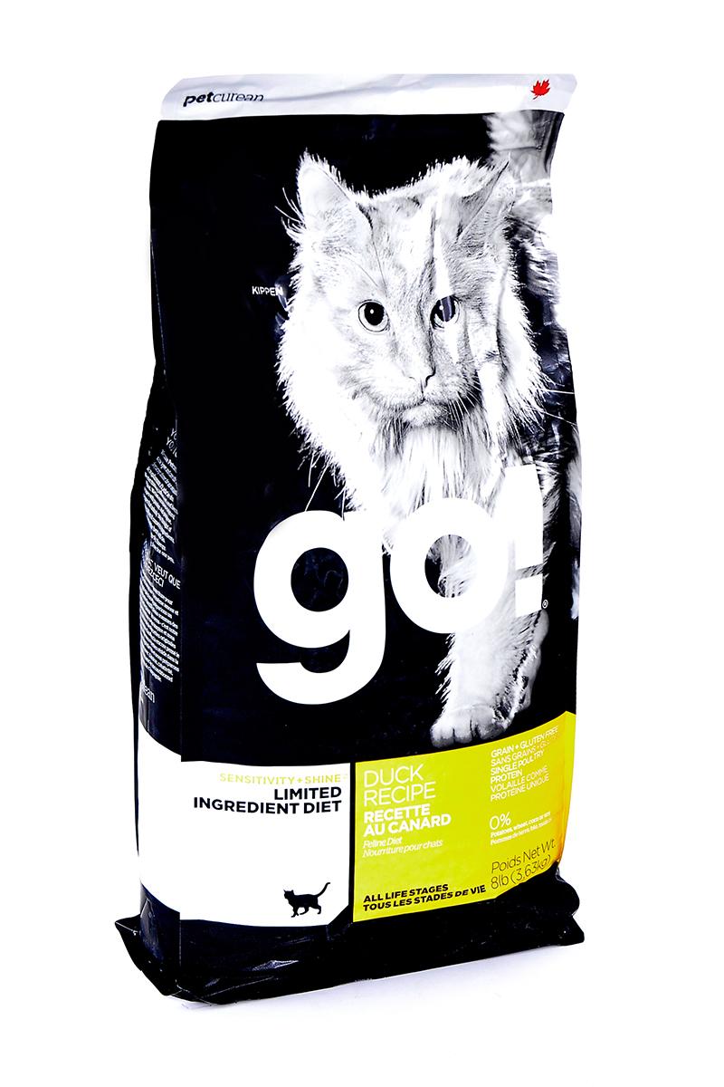 Корм сухой Go! для кошек и котят с чувствительным пищеварением, беззерновой, с уткой, 3,63 кг20331Беззерновой сухой корм Go! для котят и кошек - это полностью сбалансированный корм, в составе которого используется утка в качестве единственного источника белка. Корм разработан специально для кошек с особыми диетическими потребностями и пищевой чувствительностью. Состав: филе утки, дегидрированное мясо утки, яичный порошок, горох, гороховая клетчатка, тапиока, чечевица, нут, куриный жир (с Витамином Е в качестве консерванта), льняное семя, натуральный ароматизатор, хлорид натрия, хлорид холина, карбонат кальция, высушенный корень цикория, фосфорная кислота, хлорид калия, витамины (витамин А, витамин D3 добавки, витамин Е, ниацин, инозит, L-аскорбил-2-полифосфат (источник витамина С), тиамин мононитрат, пантотенат d-кальция, рибофлавин, пиридоксин гидрохлорид, бета-каротин, фолиевая кислота, биотин, витамин В12), минералы (протеинат цинка, железа протеинат, меди протеинат, оксид цинка, марганца протеинат, сульфат меди, йодат кальция, сульфат...