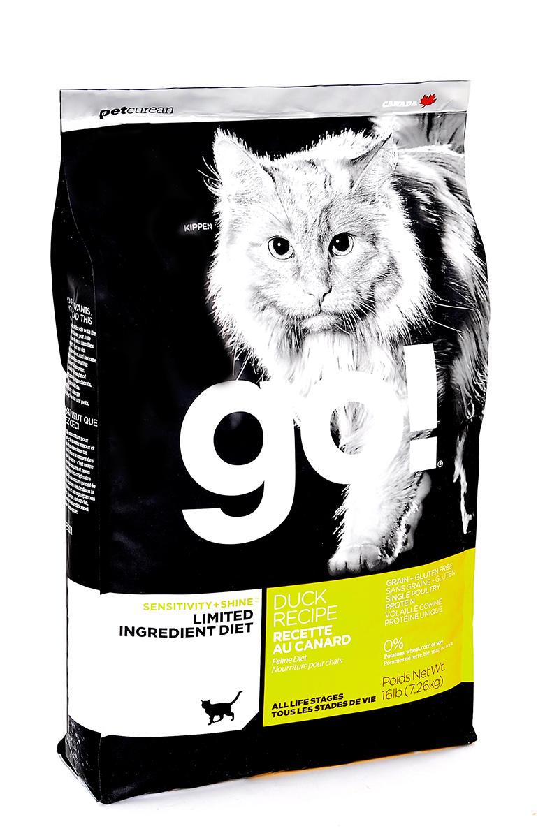 Корм сухой Go! для кошек и котят с чувствительным пищеварением, беззерновой, с уткой, 7,26 кг20332Беззерновой сухой корм Go! для котят и кошек - это полностью сбалансированный корм, в составе которого используется утка в качестве единственного источника белка. Корм разработан специально для кошек с особыми диетическими потребностями и пищевой чувствительностью. Состав: филе утки, дегидрированное мясо утки, яичный порошок, горох, гороховая клетчатка, тапиока, чечевица, нут, куриный жир (с Витамином Е в качестве консерванта), льняное семя, натуральный ароматизатор, хлорид натрия, хлорид холина, карбонат кальция, высушенный корень цикория, фосфорная кислота, хлорид калия, витамины (витамин А, витамин D3 добавки, витамин Е, ниацин, инозит, L-аскорбил-2-полифосфат (источник витамина С), тиамин мононитрат, пантотенат d-кальция, рибофлавин, пиридоксин гидрохлорид, бета-каротин, фолиевая кислота, биотин, витамин В12), минералы (протеинат цинка, железа протеинат, меди протеинат, оксид цинка, марганца протеинат, сульфат меди, йодат кальция, сульфат железа,...