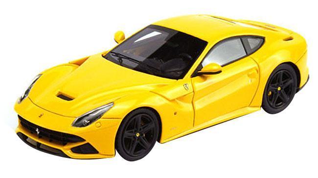 Maisto Радиоуправляемая модель Ferrari F12 Berlinetta цвет желтый масштаб 1:2481073_желтый_1745Радиоуправляемая модель Maisto Ferrari F12berlinetta с ярким привлекающим внимание дизайном обязательно понравится всем любителям красивых гоночных машин. Корпус выполнен из высококачественного пластика. Машина представляет собой копию, уменьшенную от реального прототипа в 24 раза. Машина высокодетализирована, с настоящими зеркалами, двери не открываются. Двигается во всех направлениях: вперед, назад, влево, вправо. Имеются световые эффекты: светятся передние фары. Автомобиль оснащен профессиональным передатчиком с частотой 27 MHz. Управление с помощью дистанционного пульта (поставляется в комплекте). В комплекте инструкция по эксплуатации на русском языке.