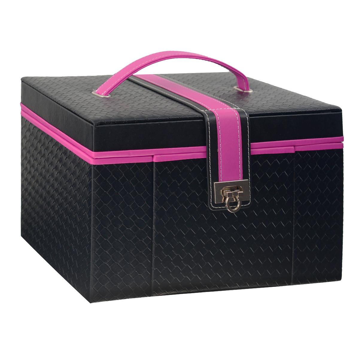 Шкатулка для украшений Graceful, цвет: черный, розовыйJB-02033Прямоугольная шкатулка для украшений выполнена в виде сундучка из искусственной кожи с рельефной поверхностью. Внутренняя поверхность шкатулки отделана бархатом. На внутренней стороне крышки имеется зеркальце, пришивной карман на резинке и четыре ремешка на кнопке. Шкатулка закрывается на ремень с застежкой, крышка оснащена ручкой для удобной переноски изделия. Основное отделение шкатулки содержит две больших секции для цепочек и браслетов, одна из которых оснащена крышкой. Продолговатые валики используются под кольца и серьги. Мини-шкатулка с двумя средними секциями и валиками предназначена для хранения небольших украшений. Специальное боковое отделение содержит съемную двустороннюю секцию с двумя кармашками, четырьмя крючками и ремнем на кнопке. Кроме того, шкатулка оснащена двумя выдвижными ящичками с большими секциями для хранения более крупных украшений. Великолепная шкатулка не оставит равнодушной ни одну любительницу изысканных вещей. Сочетание оригинального дизайна...