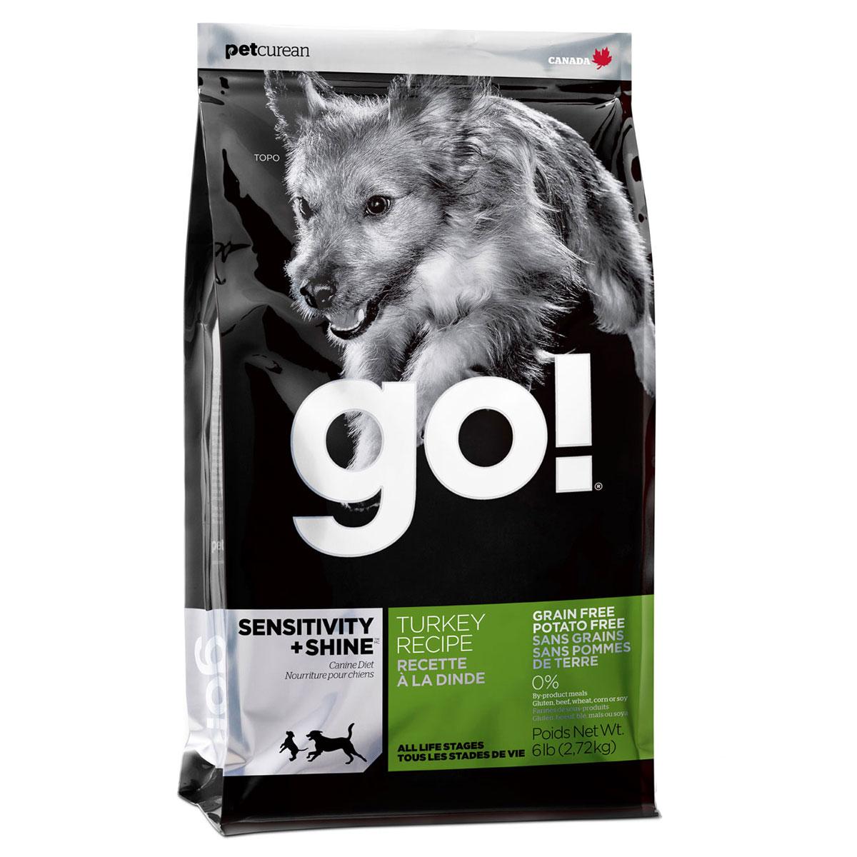 Корм сухой GO! для щенков и собак с чувствительным пищеварением, беззерновой, с индейкой, 2,72 кг10221Сухой корм GO! предназначен для щенков и собак. В качестве основного источника углеводов используется чечевица, а не картофель, поэтому корм идеально подходит для собак чувствительных к картофелю (крахмалу) или при беззерновой диете. Основным источником белка является мясо индейки, что отлично подходит для собак с пищевой аллергией. Ключевые преимущества: - единственный источник белка - мясо индейки, - полностью беззерновой, - прибиотики и пробиотики нормализуют работу кишечника и улучшают работу пищеварительной системы, - жирные Омега кислоты - здоровье и блеск шерсти, - поддержка иммунной системы за счет фруктов и овощей, богатых антиоксидантами, - полное отсутствие субпродуктов, ГМО, искусственных консервантов, глютена, говядины, пшеницы, кукурузы и сои. Состав: свежее мясо индейки, филе индейки, горох, тапиока, каноловое масло (с Витамином Е в качестве консерванта), яичный порошок, гороховая клетчатка, натуральный...