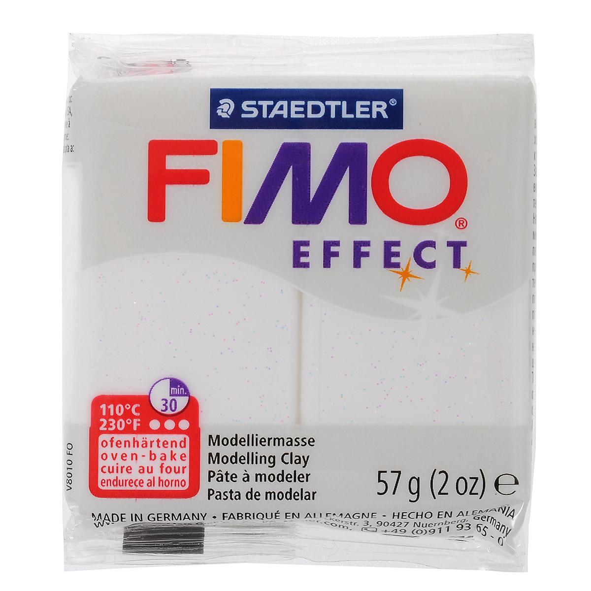 Полимерная глина Fimo Effect Metallic, цвет: белый, 57 г8020-052Мягкая глина на полимерной основе (пластика) Fimo Effect Metallic идеально подходит для лепки небольших изделий (украшений, скульптурок, кукол) и для моделирования. Глина обладает отличными пластичными свойствами, хорошо размягчается и лепится, легко смешивается между собой, благодаря чему можно создать огромное количество поделок любых цветов и оттенков. Блок поделен на восемь сегментов, что позволяет легче разделять глину на порции. В домашних условиях готовая поделка выпекается в духовом шкафу при температуре 110°С в течении 15-30 минут (в зависимости от величины изделия). Отвердевшие изделия могут быть раскрашены акриловыми красками, покрыты лаком, склеены друг с другом или с другими материалами. Состав: поливинилхлорид, пластификаторы, неорганические наполнители, цветные пигменты.
