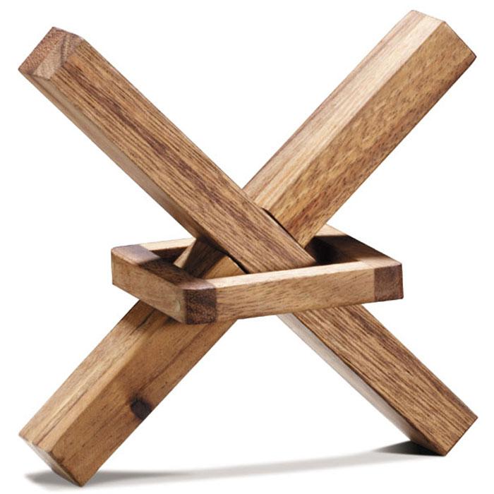 Dilemma Головоломка Квадрат в XIQ901Головоломка Dilemma Квадрат в X, выполненная из дерева, станет отличным подарком всем любителям головоломок! Освободите квадрат, запертый в X (крестообразной фигуре). Пользоваться молотком и прикладывать силу запрещено... Слишком сложно? Тогда вы можете воспользоваться предложенным решением в качестве подсказки. Игра рассчитана на одного игрока. Головоломка Dilemma Квадрат в X стимулирует логику, пространственное мышление и мелкую моторику рук.