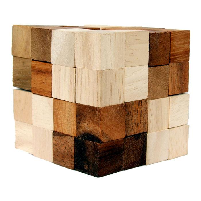 Dilemma Головоломка Куб Анаконда 6х6х6 смIQ320Головоломка Dilemma Куб Анаконда, выполненная из дерева, станет отличным подарком всем любителям головоломок! Перед вами деревянный куб. Раскройте его, вытянув в извивающуюся змейку… это просто! Теперь попробуйте собрать куб снова. Вот это уже сложнее! Использовать какую-либо силу запрещено. Слишком сложно? Воспользуйтесь предложенным решением в качестве подсказки. Игра рассчитана на одного игрока. Головоломка Dilemma Куб Анаконда стимулирует логику, пространственное мышление и мелкую моторику рук.