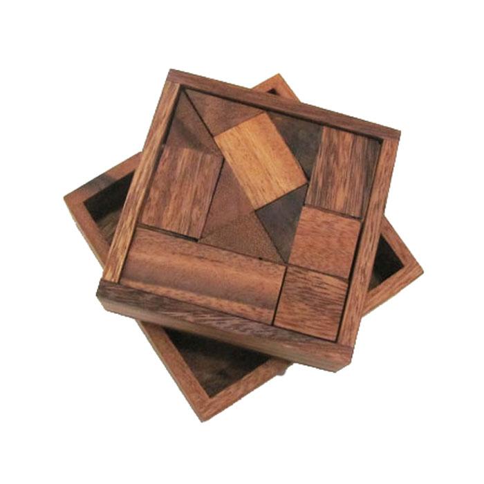 Dilemma Головоломка Коробок с сюрпризомIQ432Головоломка Dilemma Коробок с сюрпризом, выполненная из дерева, станет отличным подарком всем любителям головоломок! Разберите головоломку и соберите ее снова в прежнем виде. Слишком сложно? Тогда вы можете воспользоваться предложенным решением в качестве подсказки. Игра рассчитана на одного игрока. Головоломка Dilemma Коробок с сюрпризом стимулирует логику, пространственное мышление и мелкую моторику рук.