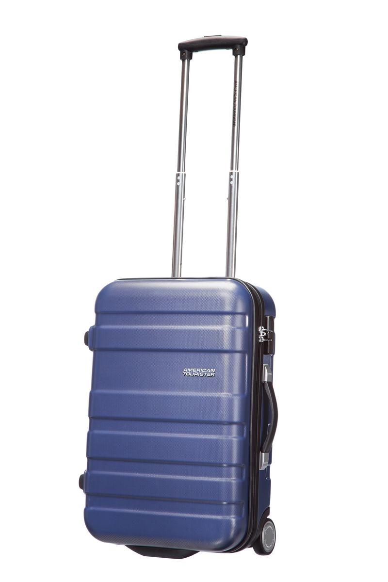 Чемодан American Tourister Pasadena, цвет: синий, 27,5 л. 76A-1100276A-11002Чемодан American Tourister Pasadena прекрасно подойдет для путешествий. Выполнен из поликарбоната, материал внутренней отделки - полиэстеровая ткань серого цвета. Чемодан очень вместителен. Имеется одно большое отделение, которое закрывается по периметру на застежку-молнию с двумя бегунками. Внутри содержится большой отдел для одежды с багажными ремнями, соединяющимися при помощи пластикового карабина, скрытый отдел на молнии, а также сетчатый карман на молнии для различных аксессуаров. Такая организация позволяет удобно разложить вещи и избежать их сминания. Для удобной перевозки чемодан оснащен 2 маневренными колесами, которые обеспечивают легкость перемещения в любом направлении. Телескопическая ручка выдвигается нажатием на кнопку и фиксируется в одном положении. Сверху и сбоку предусмотрены ручки для поднятия чемодана. На одной из боковых сторон имеются ножки, благодаря чему чемодан можно ставить набок. Чемодан оснащен кодовым замком TSA, который исключает...