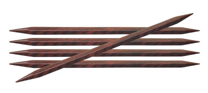 Спицы чулочные Cubics 6мм/20см, дерево, коричневый, 5шт в упаковке25116Cubics. Изобретательные спицы кубической формы – новый взгляд на вязание. Несмотря на форму, подойдет для вязальщицы любого уровня, подарив необычный опыт в рукоделии.