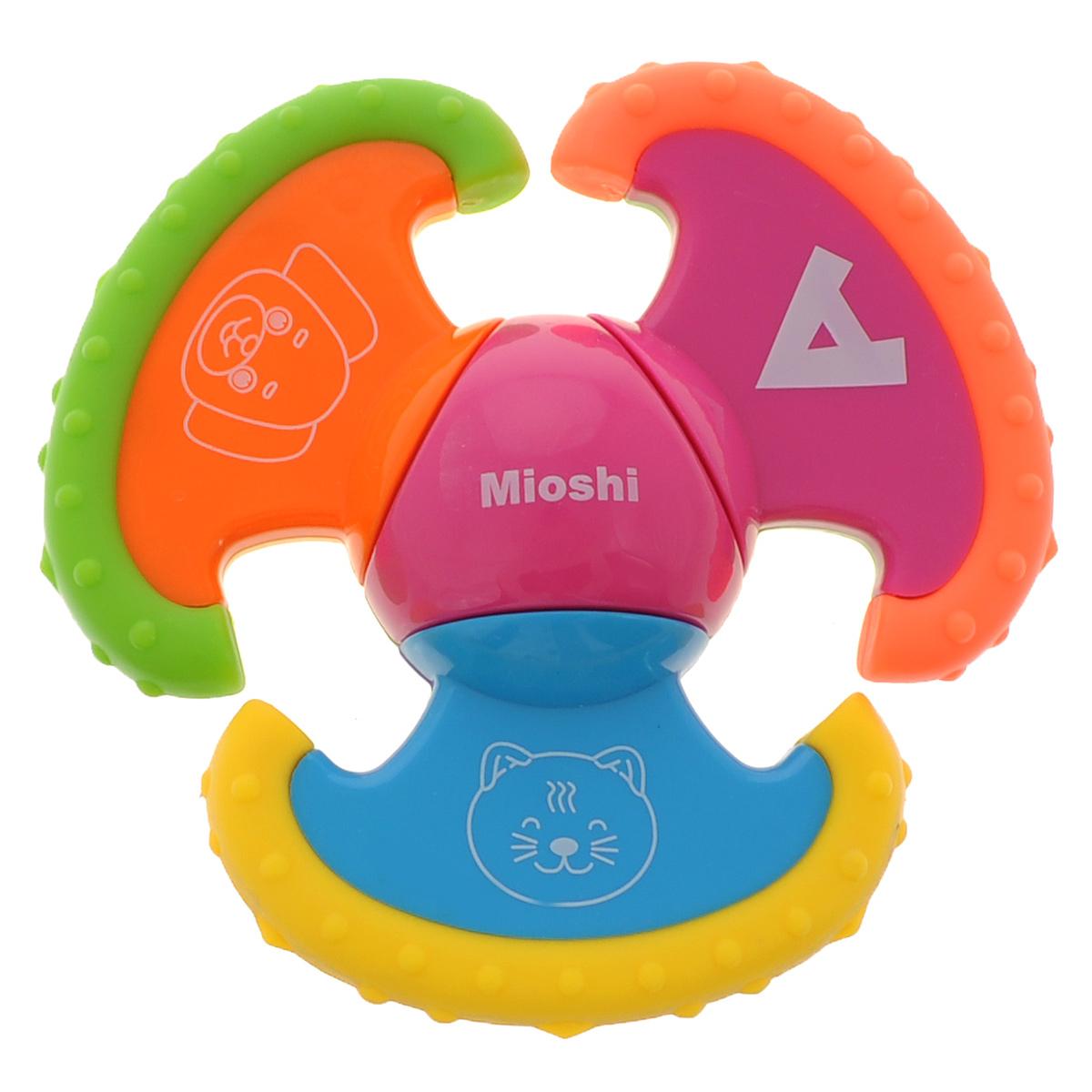 Погремушка-прорезыватель Mioshi Учимся крутитьTY9022С яркой, разноцветной и приятной на ощупь погремушкой Mioshi Учимся крутить ребенку будет очень интересно играть, а когда начнут резаться зубки, она станет незаменимой. Кроме того, игрушка развивает мелкую моторику, восприятие формы и цвета предметов, а также слух и зрение. Игрушки Mioshi созданы специально для малышей, которые только начинают познавать этот волшебный мир. Дети в раннем возрасте всегда очень любознательны, они тщательно исследуют всё, что попадает им в руки. Лопасти погремушки вращаются, края лопастей выполнены из специального материала, о который деткам будет очень удобна чесать десны. Заботясь о здоровье и безопасности малышей, Mioshi выпускает только качественную продукцию, которая прошла сертификацию.