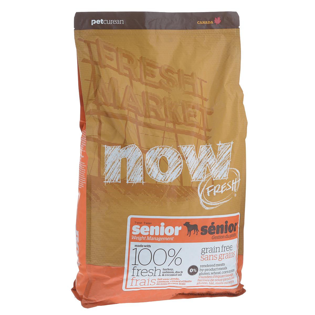 Корм сухой Now Fresh Контроль веса для собак, беззерновой, с индейкой, уткой и овощами, 5,44 кг10130Now Fresh Контроль веса - полностью сбалансированный холистик корм из филе индейки и утки, выращенных на канадских фермах, из лосося без костей, выловленного в озерах Британской Колумбии. Прекрасно подходит собакам старше 7 лет и взрослым собакам (1-6 лет) с избыточным весом. Ключевые преимущества: - полностью беззерновой со сбалансированным содержание белков и жиров, - не содержит субпродуктов, красителей, говядины, мясных ингредиентов, выращенных на гормонах, - омега-масла в составе необходимы для здоровой кожи и шерсти, - пробиотики и пребиотики обеспечивают здоровое пищеварение, - антиоксиданты укрепляют иммунную систему. Состав: филе индейки, картофель, яблоки, горох, картофельная мука, томаты, сушеная люцерна, масло канолы (источник витамина Е), натуральный ароматизатор, утиное филе, филе лосося, кокосовое масло (источники витамина Е), свежие цельные яйца, семена льна, морковь, тыква, бананы, черника, клюква, малина,...
