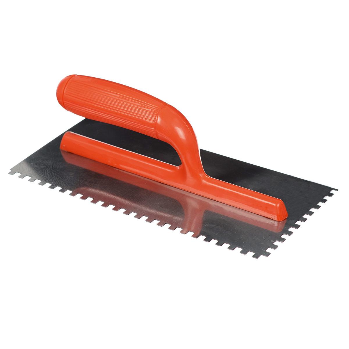 Гладилка зубчатая FIT, цвет: оранжевый, зуб 6 мм, 28 см х 13 см05166_оранжевыйГладилка зубчатая FIT изготовлена из нержавеющей стали, снабжена пластиковой ручкой. Изделие используется в штукатурно- отделочных работах для равномерного распределения раствора на большую по площади поверхность. Размер зубьев: 6 мм х 6 мм. Размеры рабочей поверхности: 28 см х 13 см.