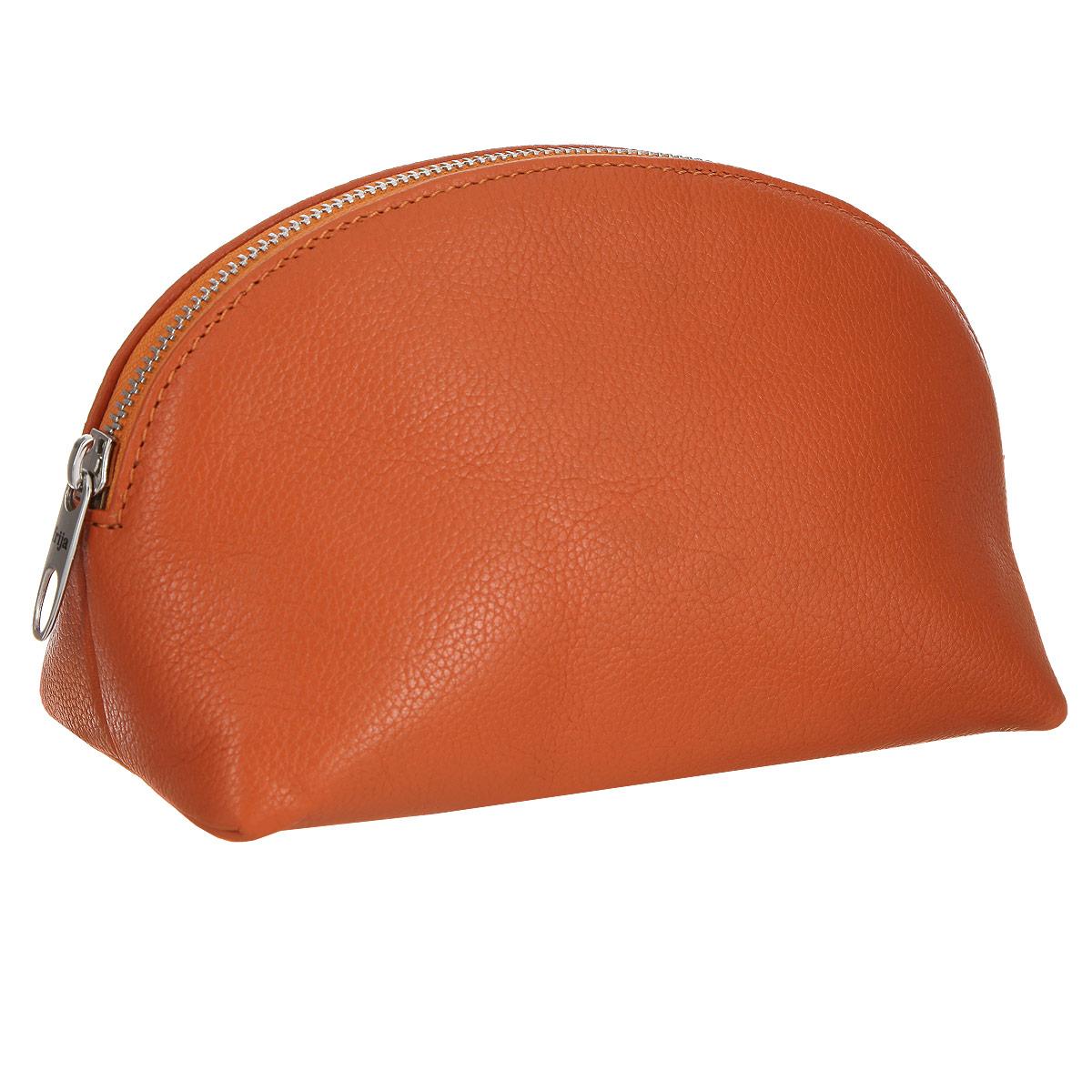 Косметичка Frija, цвет: оранжевый. 21-278-1421-278-14Косметичка Frija изготовлена из высококачественной натуральной кожи и оформлена зернистым тиснением. Внутренняя поверхность отделана шелковистым текстилем. Закрывается косметичка на застежку-молнию. Косметичка имеет жесткую конструкцию. Этот яркий стильный аксессуар дополнит ваш образ и станет незаменимой вещью для хранения косметики.