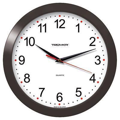 Часы настенные Troyka, цвет: коричневый. 1110011211100112Настенные кварцевые часы Troyka в классическом дизайне, изготовленные из пластика, прекрасно подойдут под интерьер вашего дома. Круглые часы имеют три стрелки: часовую, минутную и секундную, циферблат защищен прозрачным пластиком. Диаметр часов: 29 см. Часы работают от 1 батарейки типа АА напряжением 1,5 В. Внимание! Часы укомплектованы бесплатным тестовым элементом питания для обеспечения их работоспособности при предпродажной подготовке и демонстрации рабочих функций.