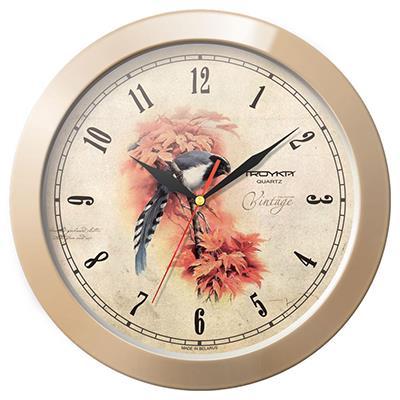 Часы настенные Troyka Винтаж, цвет: бежевый11135174Настенные кварцевые часы Troyka Винтаж в классическом стиле, изготовленные из пластика, прекрасно подойдут под интерьер вашего дома. Круглые часы имеют три стрелки: часовую, минутную и секундную, циферблат защищен прозрачным пластиком. Диаметр часов: 29 см. Часы работают от 1 батарейки типа АА напряжением 1,5 В. Внимание! Часы укомплектованы бесплатным тестовым элементом питания для обеспечения их работоспособности при предпродажной подготовке и демонстрации рабочих функций.