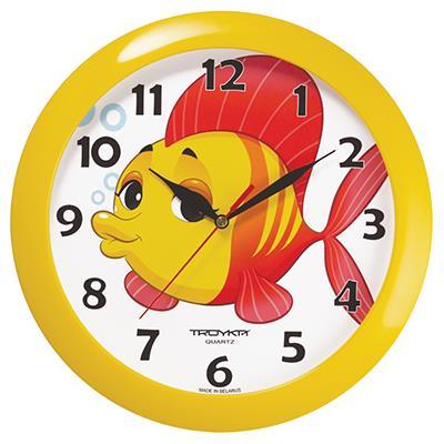 Часы настенные Troyka, цвет: желтый. 1115010411150104Настенные кварцевые часы Troyka с изображением рыбки, изготовленные из пластика, прекрасно подойдут под интерьер вашего дома. Круглые часы имеют три стрелки: часовую, минутную и секундную, циферблат защищен прозрачным пластиком. Диаметр часов: 29 см. Часы работают от 1 батарейки типа АА напряжением 1,5 В. Внимание! Часы укомплектованы бесплатным тестовым элементом питания для обеспечения их работоспособности при предпродажной подготовке и демонстрации рабочих функций.