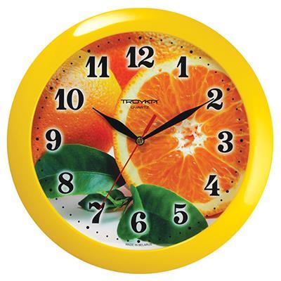 Часы настенные Troyka Апельсины, цвет: желтый, оранжевый11150126Настенные кварцевые часы Troyka Апельсины в классическом стиле, изготовленные из пластика, прекрасно подойдут под интерьер вашего дома. Круглые часы имеют три стрелки: часовую, минутную и секундную, циферблат защищен прозрачным пластиком. Диаметр часов: 29 см. Часы работают от 1 батарейки типа АА напряжением 1,5 В. Внимание! Часы укомплектованы бесплатным тестовым элементом питания для обеспечения их работоспособности при предпродажной подготовке и демонстрации рабочих функций.