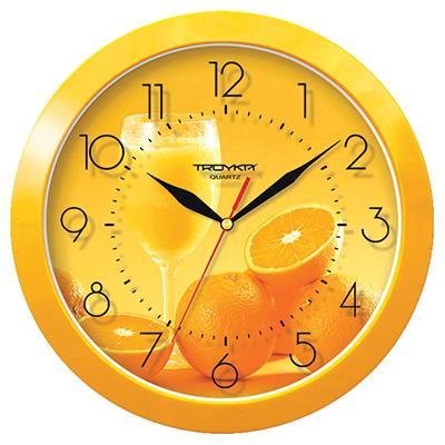 Часы настенные Troyka, цвет: желтый. 1115013111150131Настенные кварцевые часы Troyka с изображением апельсинов, изготовленные из пластика, прекрасно подойдут под интерьер вашего дома. Круглые часы имеют три стрелки: часовую, минутную и секундную, циферблат защищен прозрачным пластиком. Диаметр часов: 29 см. Часы работают от 1 батарейки типа АА напряжением 1,5 В. Внимание! Часы укомплектованы бесплатным тестовым элементом питания для обеспечения их работоспособности при предпродажной подготовке и демонстрации рабочих функций.