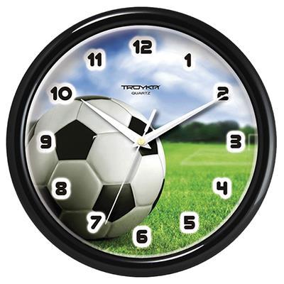 Часы настенные Troyka Футбол, цвет: черный, белый, зеленый21200225Настенные кварцевые часы Troyka Футбол в классическом стиле, изготовленные из пластика, прекрасно подойдут под интерьер вашего дома. Круглые часы имеют три стрелки: часовую, минутную и секундную, циферблат защищен прозрачным пластиком. Диаметр часов: 24,5 см. Часы работают от 1 батарейки типа АА напряжением 1,5 В. Внимание! Часы укомплектованы бесплатным тестовым элементом питания для обеспечения их работоспособности при предпродажной подготовке и демонстрации рабочих функций.