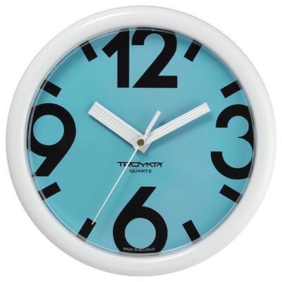 Часы настенные Troyka, цвет: белый. 2121021421210214Настенные кварцевые часы Troyka в классическом стиле, изготовленные из пластика, прекрасно подойдут под интерьер вашего дома. Круглые часы имеют три стрелки: часовую, минутную и секундную, циферблат защищен прозрачным пластиком. Диаметр часов: 24,5 см. Часы работают от 1 батарейки типа АА напряжением 1,5 В. Внимание! Часы укомплектованы бесплатным тестовым элементом питания для обеспечения их работоспособности при предпродажной подготовке и демонстрации рабочих функций.