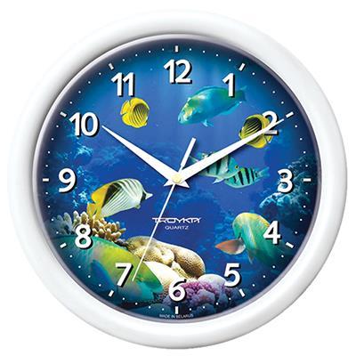Часы настенные Troyka, цвет: белый. 2121022321210223Настенные кварцевые часы Troyka с изображением обитателей подводного мира, изготовленные из пластика, прекрасно подойдут под интерьер вашего дома. Круглые часы имеют три стрелки: часовую, минутную и секундную, циферблат защищен прозрачным пластиком. Диаметр часов: 24,5 см. Часы работают от 1 батарейки типа АА напряжением 1,5 В. Внимание! Часы укомплектованы бесплатным тестовым элементом питания для обеспечения их работоспособности при предпродажной подготовке и демонстрации рабочих функций.