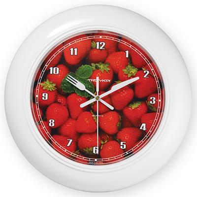 Часы настенные Troyka, цвет: белый. 7171126271711262Настенные кварцевые часы Troyka с изображением земляники, изготовленные из пластика, прекрасно подойдут под интерьер вашего дома. Круглые часы имеют три стрелки: часовую, минутную и секундную, циферблат защищен прозрачным пластиком. Стрелки выполнены в виде ножа и вилки. Диаметр часов: 30 см. Часы работают от 1 батарейки типа АА напряжением 1,5 В. Внимание! Часы укомплектованы бесплатным тестовым элементом питания для обеспечения их работоспособности при предпродажной подготовке и демонстрации рабочих функций.
