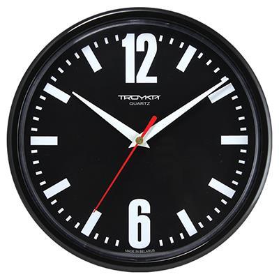 Часы настенные Troyka, цвет: черный. 9190091991900919Настенные кварцевые часы Troyka в классическом стиле, изготовленные из пластика, прекрасно подойдут под интерьер вашего дома. Круглые часы имеют три стрелки: часовую, минутную и секундную, циферблат защищен прозрачным пластиком. Диаметр часов: 22,5 см. Часы работают от 1 батарейки типа АА напряжением 1,5 В. Внимание! Часы укомплектованы бесплатным тестовым элементом питания для обеспечения их работоспособности при предпродажной подготовке и демонстрации рабочих функций.