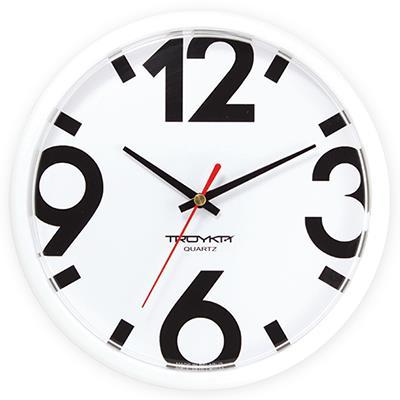 Часы настенные Troyka, цвет: белые. 9191091691910916Настенные кварцевые часы Troyka в классическом стиле, изготовленные из пластика, прекрасно подойдут под интерьер вашего дома. Круглые часы имеют три стрелки: часовую, минутную и секундную, циферблат защищен прозрачным пластиком. Диаметр часов: 22,5 см. Часы работают от 1 батарейки типа АА напряжением 1,5 В. Внимание! Часы укомплектованы бесплатным тестовым элементом питания для обеспечения их работоспособности при предпродажной подготовке и демонстрации рабочих функций.