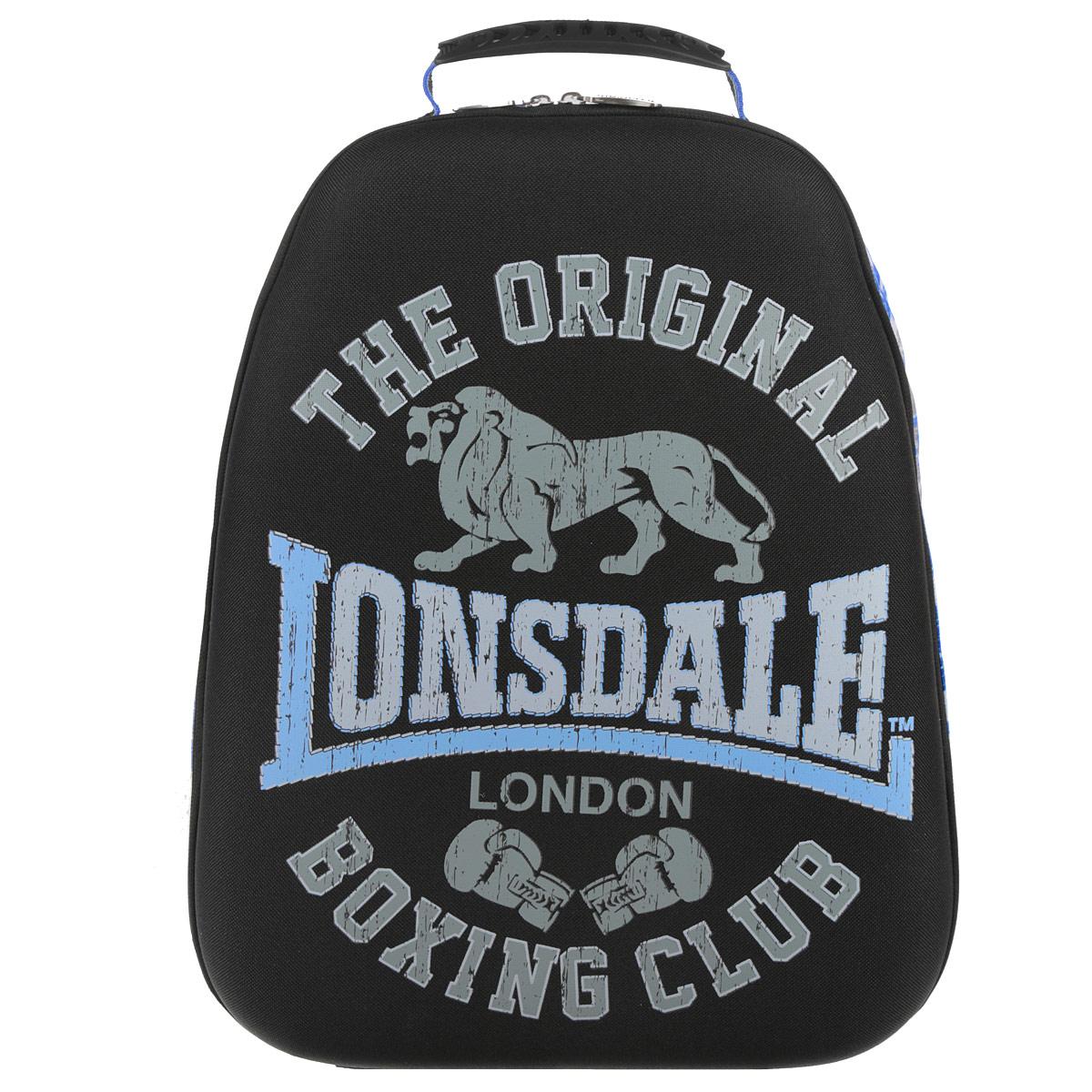 Рюкзак молодежный Lonsdale, цвет: черный, серый, голубой. LSCB-UT1-E150LSCB-UT1-E150Стильный и молодежный рюкзак Lonsdale сочетает в себе современный дизайн, функциональность и долговечность. Выполнен из прочных материалов и оформлен изображением льва. Содержит изделие одно вместительное отделение на застежке-молнии с двумя бегунками. Внутри отделения находятся: открытый карман- сетка, карман-сетка на молнии, две мягкие перегородки и отделение для мобильного телефона. Фронтальная панель рюкзака выполнена из EVA, благодаря чему рюкзак не деформируется. Мягкие широкие лямки регулируются по длине. Рюкзак оснащен эргономичной ручкой для удобной переноски в руке. Этот рюкзак можно использовать для повседневных прогулок, отдыха и спорта, а также как элемент вашего имиджа. Рекомендуемый возраст: от 12 лет.